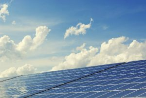 Read more about the article 5 Reasons to Switch to Solar Energy in Zimbabwe